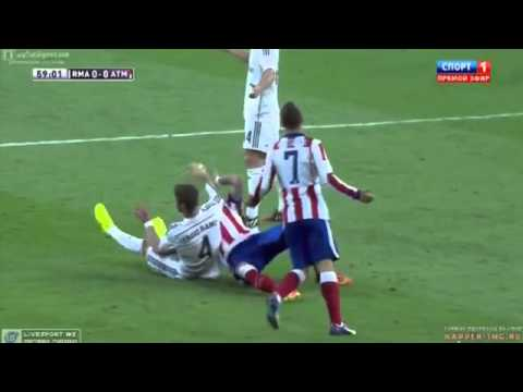 Sergio Ramos KICK Mario Mandžukić in the Face  vs Atletico Madrid Spanish Super Cup 2014