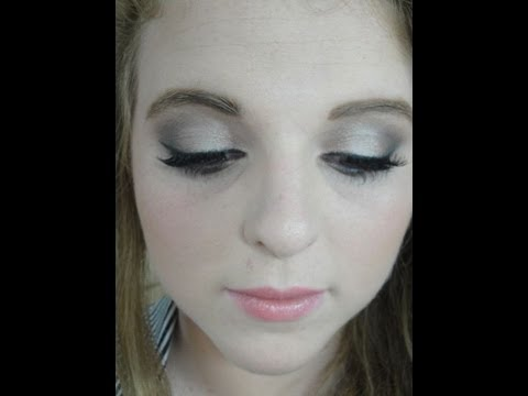 Makeup Tutorial Naked 2 (feat My Sister!) Neutral Smokey Eye video