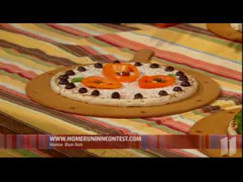 Showcase Minnesota: Halloween Pizzas from Home Run Inn