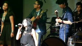 download lagu Iin Nur Indah Feat Rnf-radio Activerri gratis