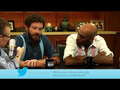 "Funniest Set Moment And Favorite Episode: ""Men At Work"" Answer Social Media Questions"