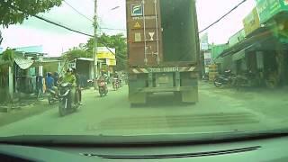 Nguyên nhân container bị rơi ?