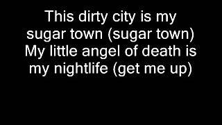 Watch Green Day Nightlife video