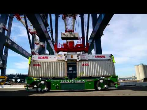 New Cranes Delivered to Port of Long Beach