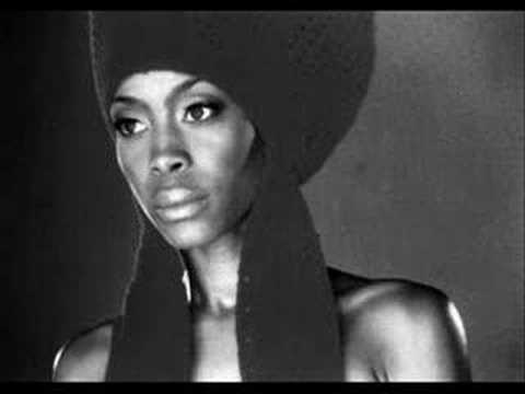 In love with you--Erykah Badu feat. Stephen Marley Music Videos
