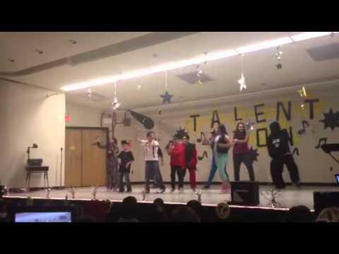 Harlem Shake vs Gangnam Style - Santa Clara Elementary School Talent Show (2013)