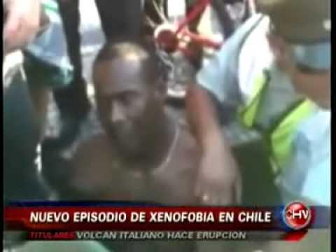 Chilena racista hizo vergonzoso berrinche por xenofobia