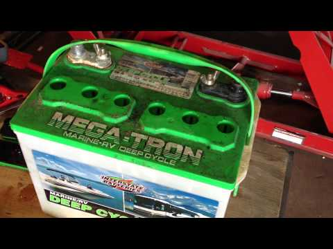Lead Acid Battery Desulfation Using Epsom Salt --Add Solution to Dead Interstate battery Part 2 of 6