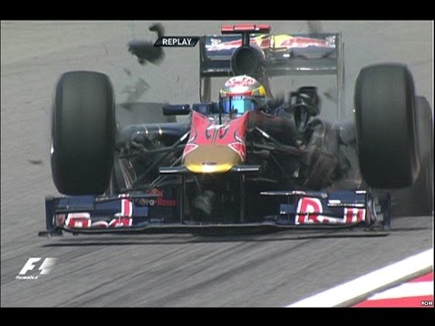 F1 HISTORY 2010 Crash Chinese GP Sebastien Buemi