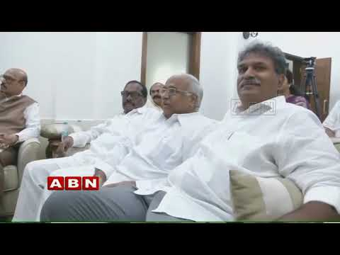 MP Ananth Kumar advice to MP Kesineni Nani over Speech in Parliament | Inside
