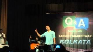 Sandeep Maheshwari Singing 'Asaan Hai', Captured by me in Kolkata Q & A Session