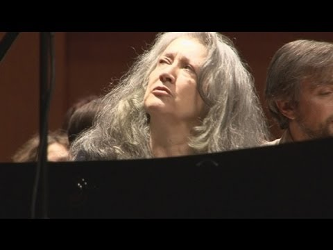 "euronews musica - Марта Аргерих: ""я и сегодня застенчива"""