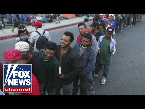 Report: Caravan migrants plan 'human stampede'