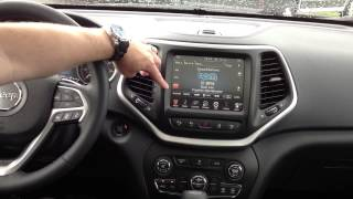 2014 Jeep Cherokee Interior - UConnect, Bluetooth and SiriusXM | Taylor Chrysler Dodge Jeep Ram