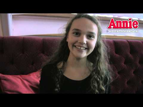 Annie De Musical (promotieclip   Interview Met Venna) video