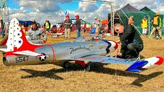 STUNNING HUGE RC T-33 THUNDERBIRDS SCALE MODEL TURBINE JET FLIGHT DEMONSTRATION