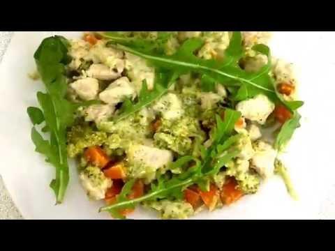 Диетическое блюдо. Филе индейки с брокколи в сливочном соусе
