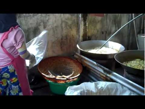 Thailand Food - Nongkhai NE Thailand The Crisp Factory!