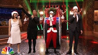 Jimmy Fallon & Rashida Jones Sing Holiday Parodies of Taylor Swift, Rihanna, Drake