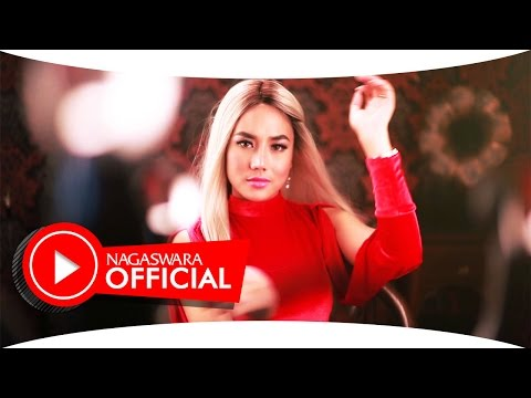 Ayu Maharany - Cowok Ayam Kampung (Official Music Video NAGASWARA) #music