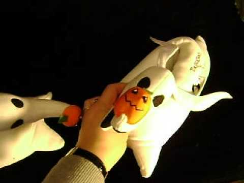 THE NIGHTMARE BEFORE CHRISTMAS~ZERO BLINKING SLIPPERS - YouTube