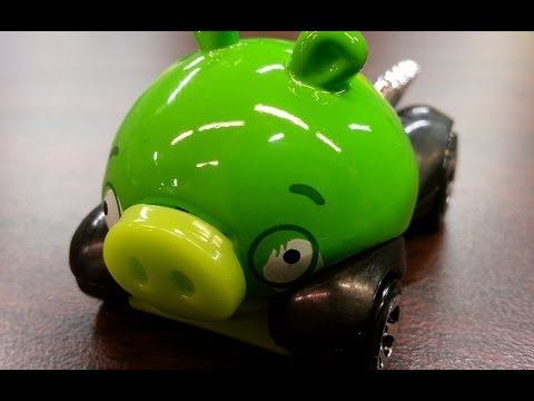 CGR Garage - ANGRY BIRDS MINION Hot Wheels review