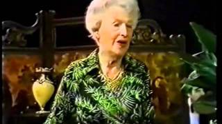 Watch Gracie Fields The Biggest Aspidistra In The World video