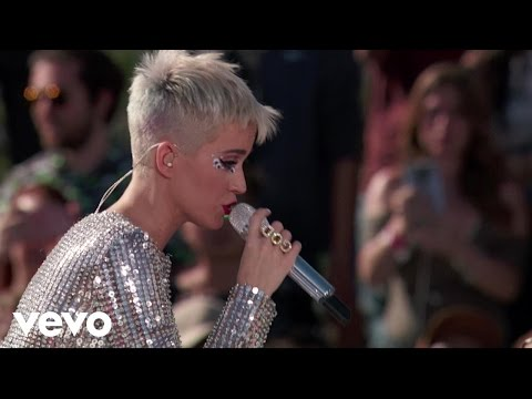 Katy Perry - Swish Swish Live from Witness World W...