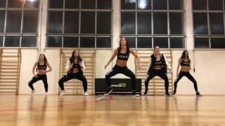 BAILAR   ZUMBA FITNESS®   DANCE MOB