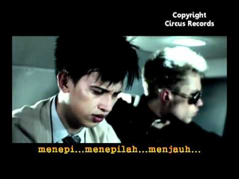 Rumor Butiran Debu (karaoke Version) video
