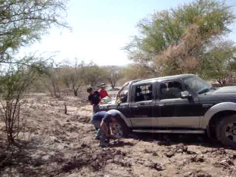 Mi camioneta 4x4 si pasa... intento 590 Video