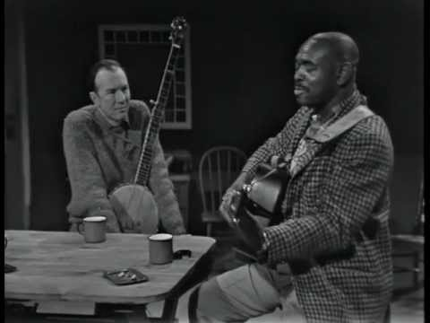 Brownie McGhee - Don't Pity Me