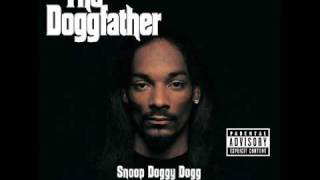 Watch Snoop Dogg Tha Doggfather video