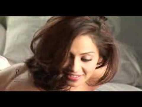 Video - Making Of Dabboo Ratnani Calendar 2011 With Bipasha Basu.flv video