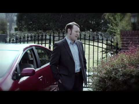 Thumb Andy Richter en un comercial de Nissan