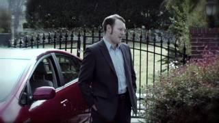 Thumb Andy Richter en un comercial de Nissan