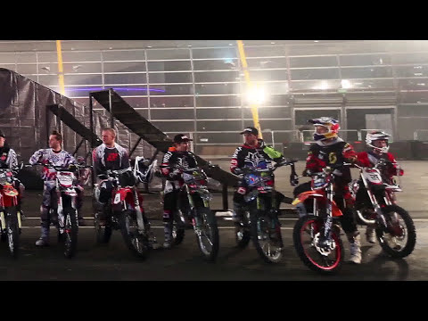 Nitro Circus Break World Record for Most Simultaneous Backflips - Guinness World Records