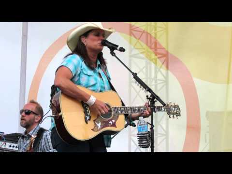 Terri Clark - No Fear