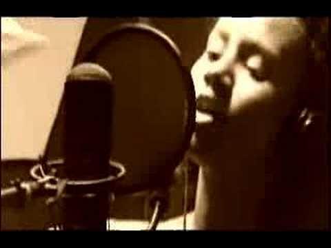 Mayra Andrade - Lua