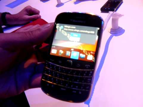 BlackBerry Bold 9900 NFC features
