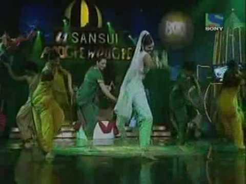 Pooja Sawant | Boogie Woogie | Dancing On Race Song !!! video