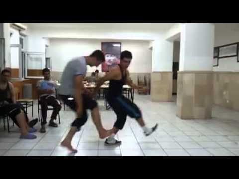 Askerlerden Süper Halay @ Mehmet Ali Arslan Asker Videoları
