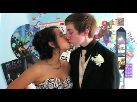 Prom Night video