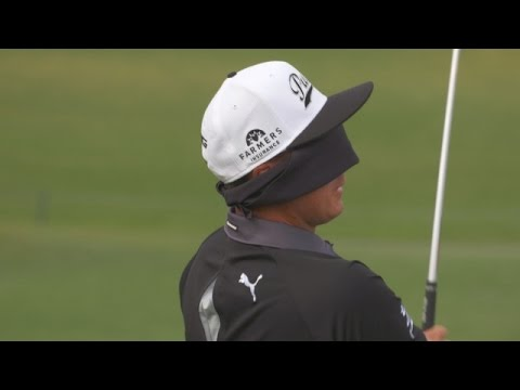Rickie Fowler's trick shots on No. 17 at TPC Sawgrass