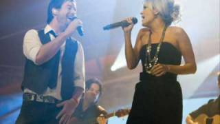 Carrie Underwood and David Cook Sing