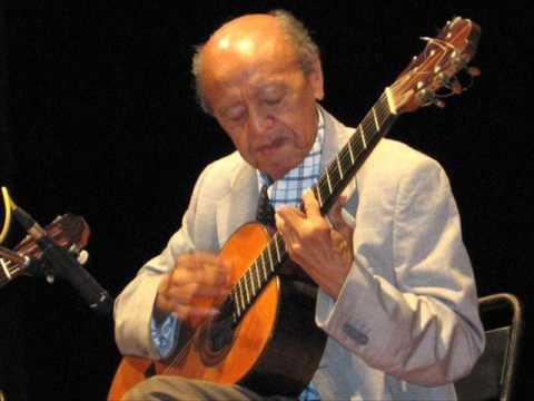 Alirio Diaz plays Danza Paraguaya by Agustin Barrios Mangore