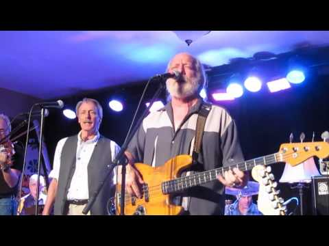 The Ozark Mountain Daredevils Play HOMEMADE WINE recorded live at Steelville-s WILDWOOD SPRINGS RESORT Missouri November 2nd 2012. The Ozark mountain daredev...