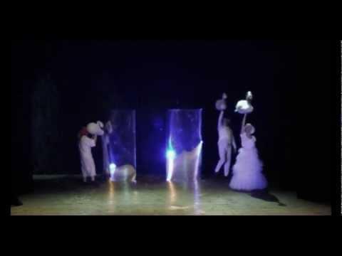 Bydgoski Teatr Lalek BURATINO - Brzydkie Kaczątko