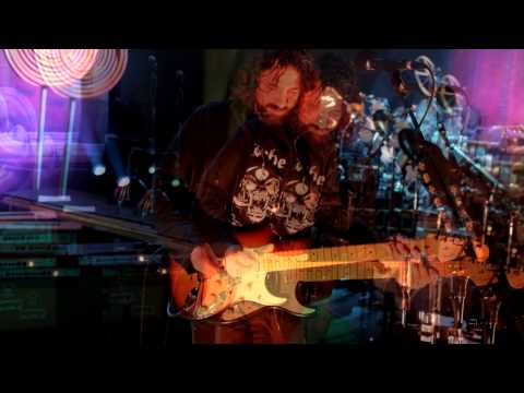 Larry LaLonde of Primus Axe-Fx II Tour