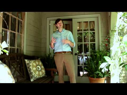 How to Decorate a Tiny Front Porch : Inside & Out Home Design